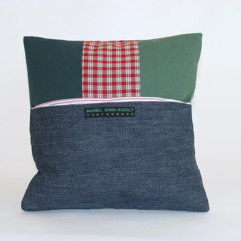 b rbel sonn rudolf custommade luxusrecycling unikate aus m nchen kissen kissen mit. Black Bedroom Furniture Sets. Home Design Ideas